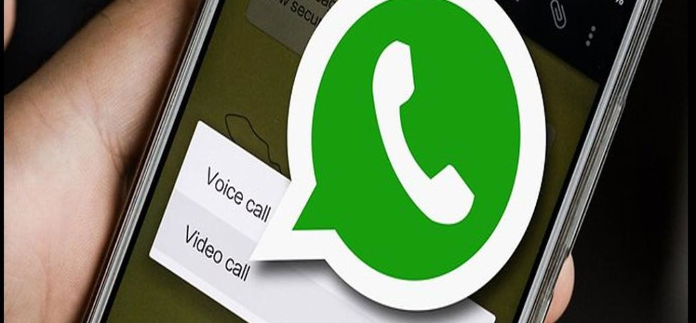 Reading and recovering deleted WhatsApp messages